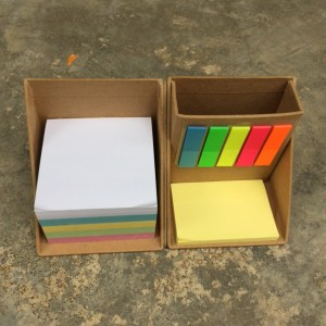 Cube Memo Holder in Nature