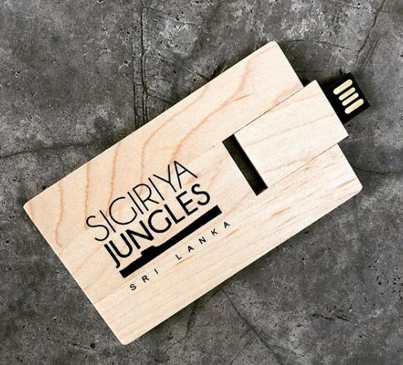 CUSTOMIZED CREDIT CARD SHAPE USB
